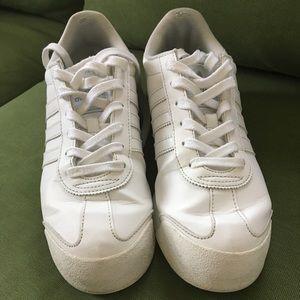 Vintage Adidas white sneakers , Samoa 8.5